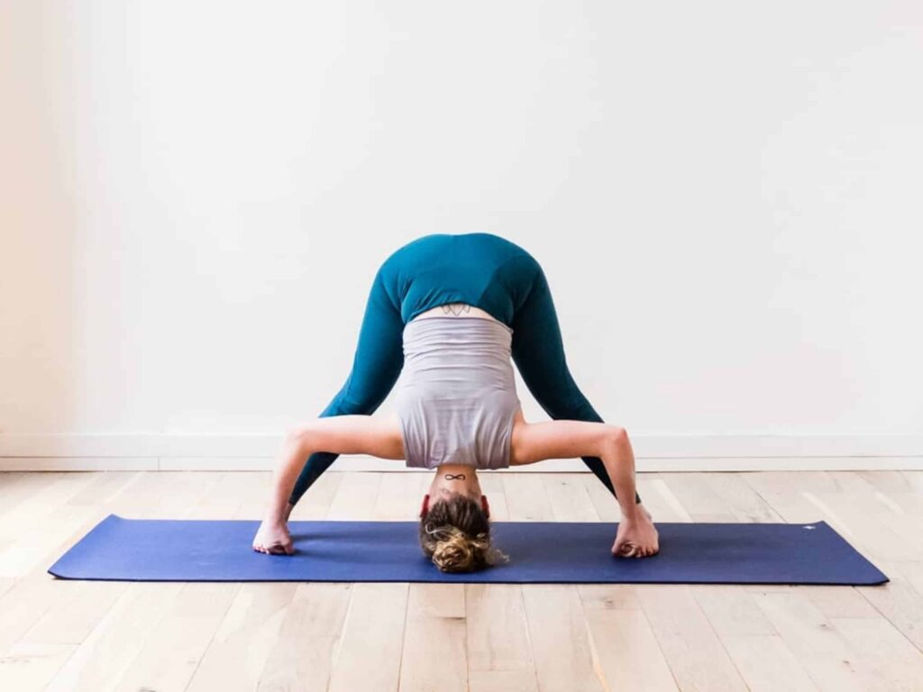 Hamstring Stretch: Top 12 Yoga Poses for Tight Hamstrings ...